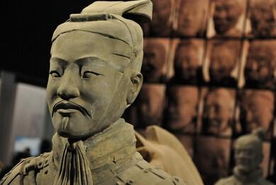 帝王陵墓中有哪些陪葬宝物?
