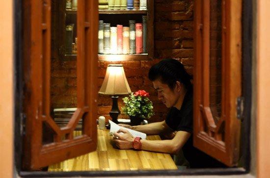 广州不打烊书店掌柜:相信书店不会灭亡