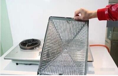 油烟机清洗不再花钱 ,自己用电吹风都能解决,7大妙招去油污,干净省力气!